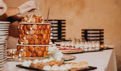 Boulangerie BRESNU - Préparation d'une pièce montée sur mesure pour un mariage - Chatuzange-le-Goubet
